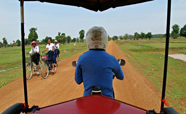 Angkor Wat tuk tuk