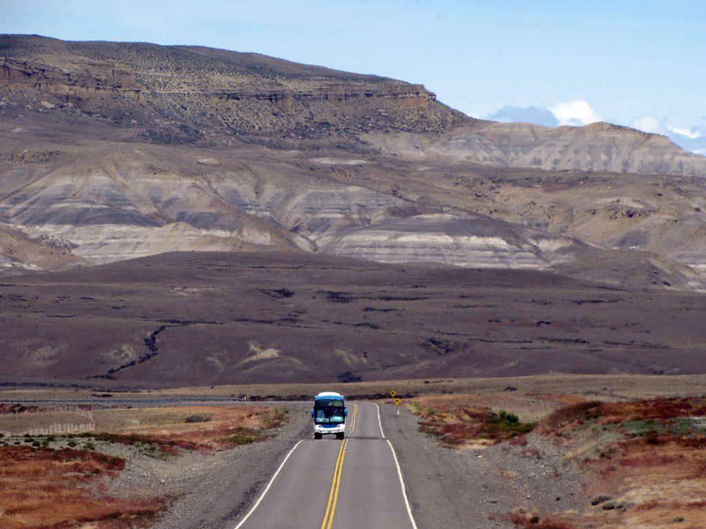 bus patagonia photo