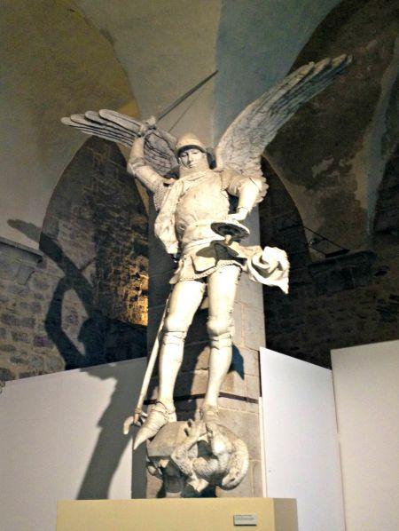 Mont Saint-Michel Statue