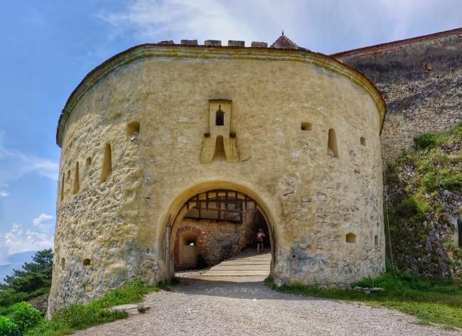 Rasnov Fortress Entry