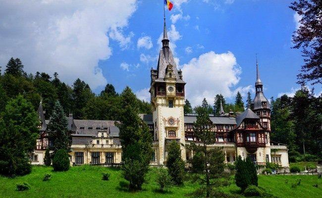 Visit Sinaia Romania and Peles Castle
