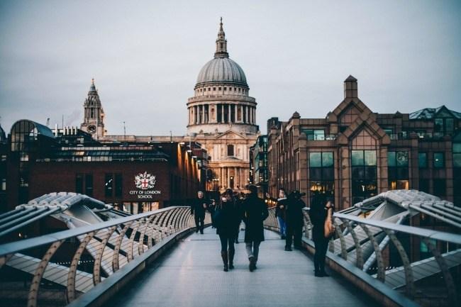 London St. Paul's Stock