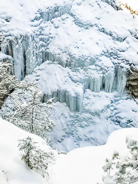 Banff Winter- Johnston Canyon Ice Walk
