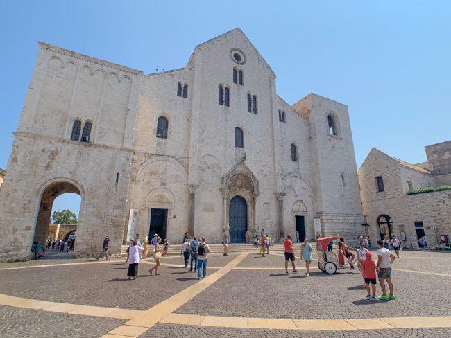 Basilica San Nicola - things to do in Bari Italy